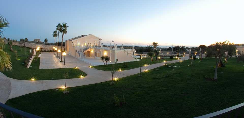 Villa con giardino per matrimoni modica ragusa sicilia - Foto ville con giardino ...